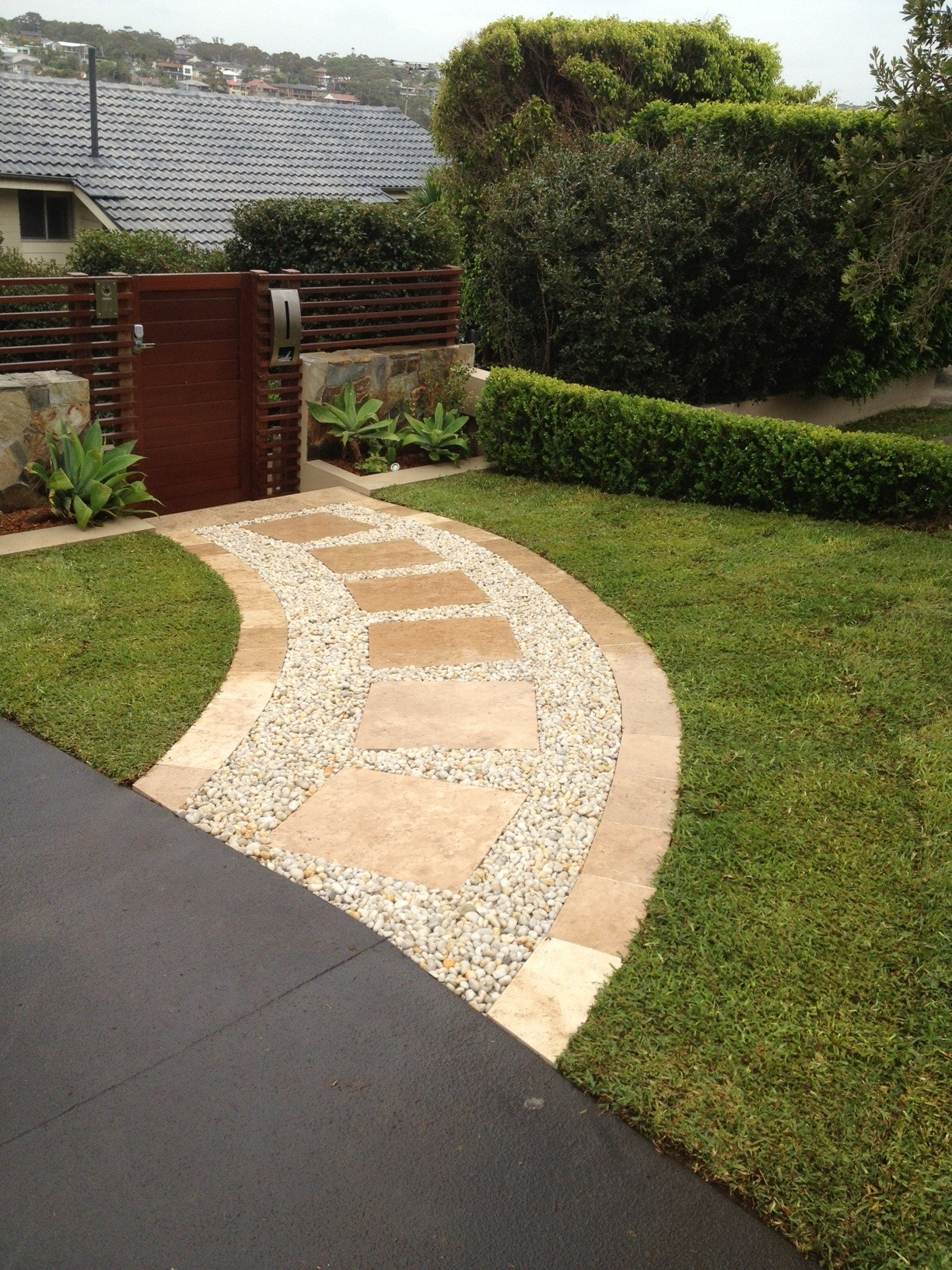 Front entry design mts landscaping pty ltd for Garden entrance designs